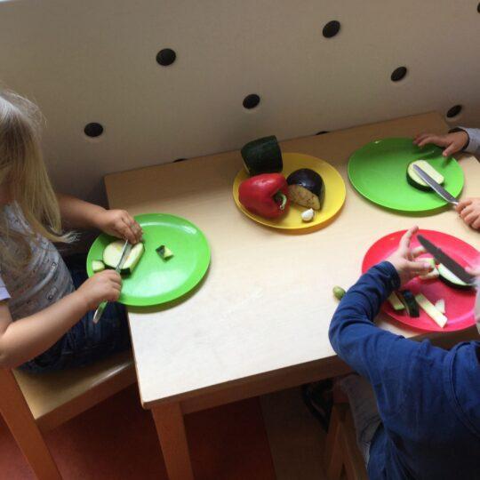 5 tips van Tischa om je kind mee te laten eten met wat iedereen thuis eet!