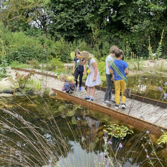 Kinderen redden de Aarde tijdens Tuin van de Toekomst